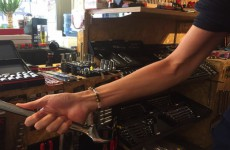 【女子目線工具ブログ】女子が見ている「工具を使う男性の腕筋!TOP5!」