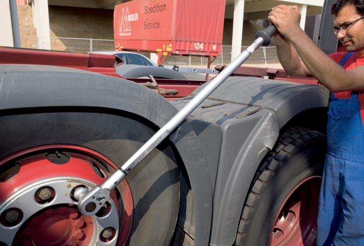hazet-torque-wrench-heavy-duty-application-03