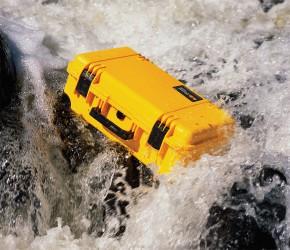 pelican-waterproof-watertight-rafting-case-l