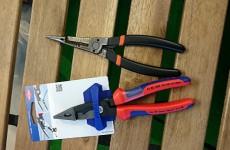 1本の工具で配線作業